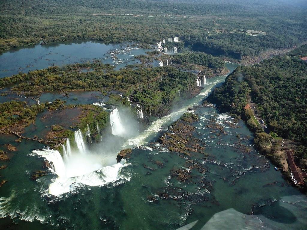 Foz do Iguaçu com crianças: Passeio de helicóptero nas Cataratas