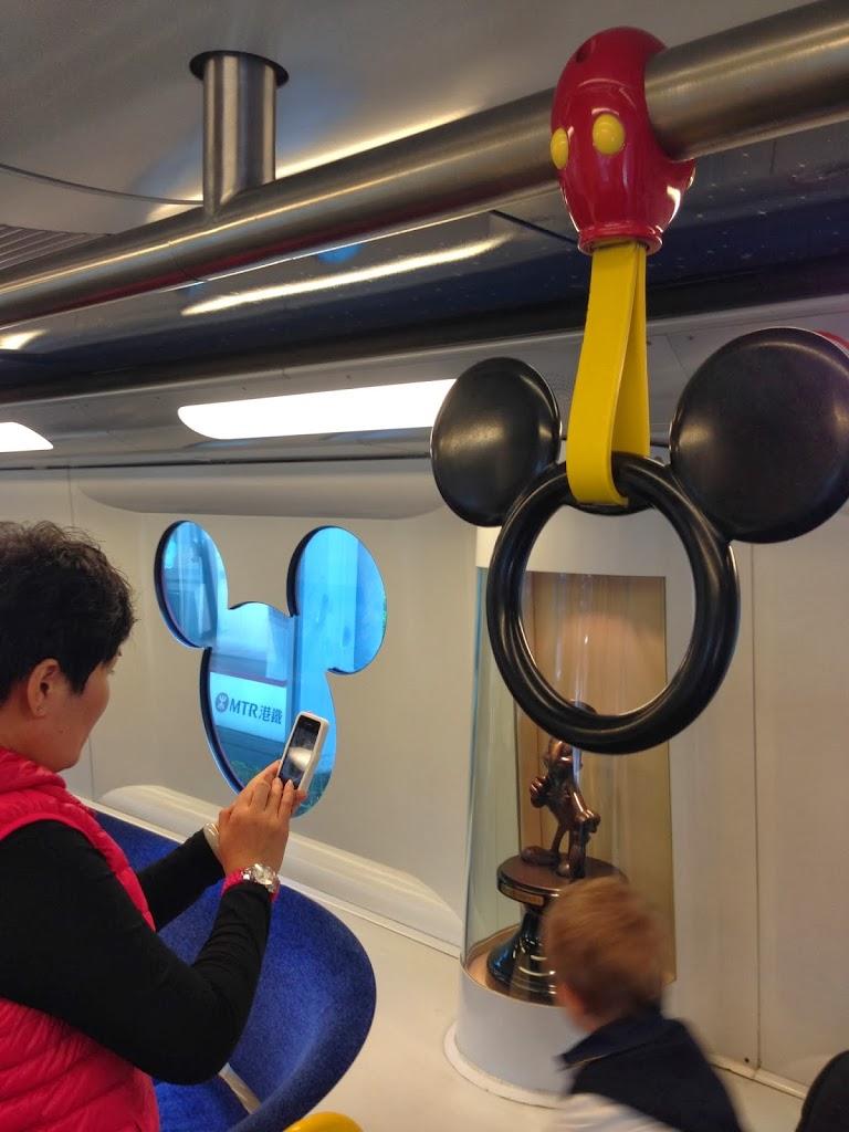 Hong Kong Disneyland – Uma tarde de brincadeiras
