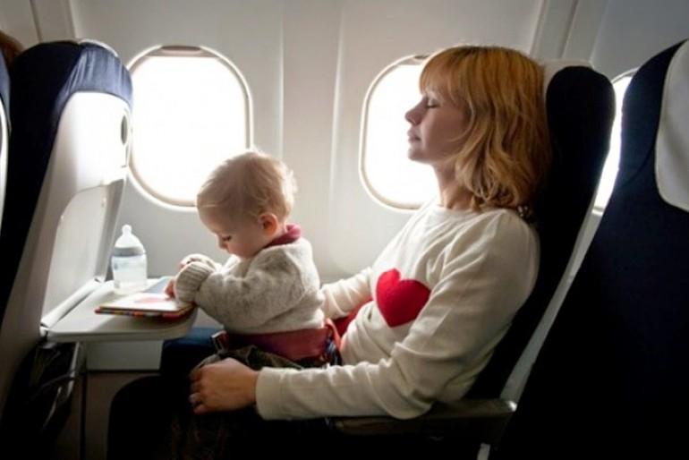 Como viajar com bebês – Viagem de avião