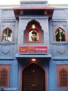 Disney com Crianças Restaurante Yak e Yeti Animal Kingdom