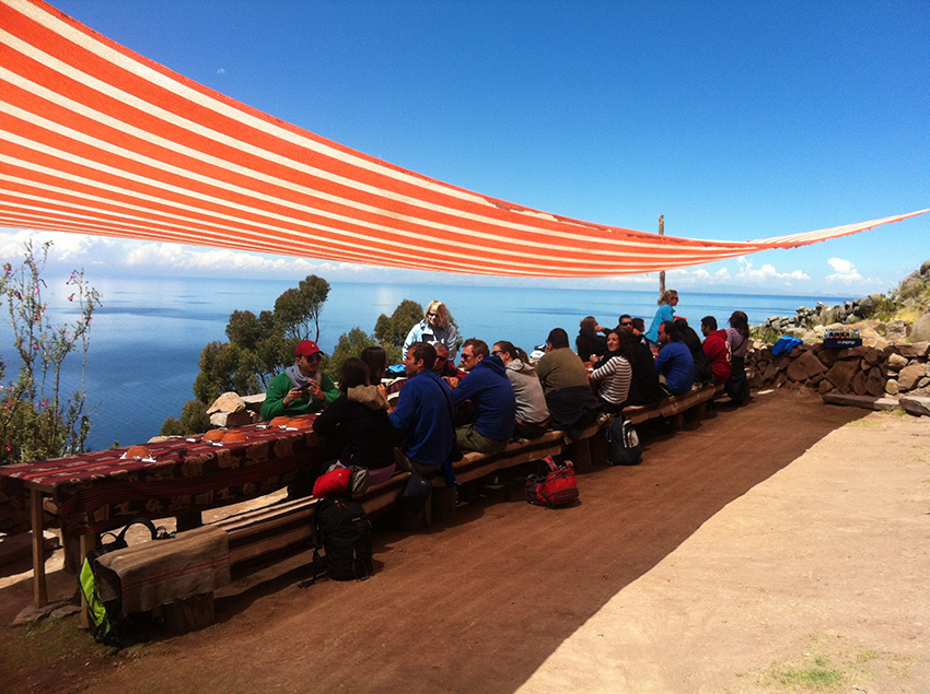 Almoço na Ilha Taquile