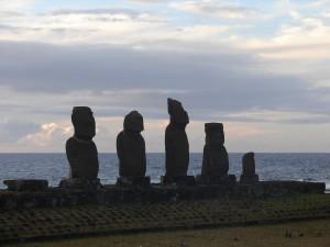 Ilha da Páscoa com crianças: Ahu Tahai