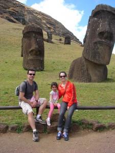 Rano Raraku Ilha da Páscoa com crianças