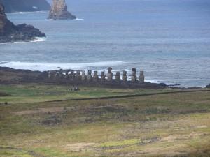 Ahu Tongariki na Ilha da Páscoa, Chile com crianças