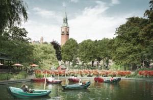 Dinamarca com Crianças Copenhagen Tivoli Dragon Boats