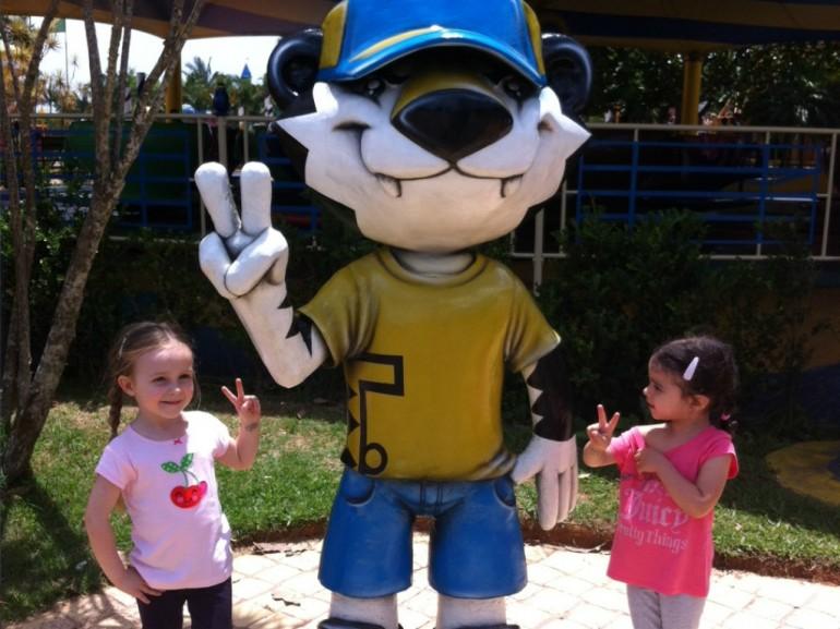 Dicas de segurança: cuidados com crianças em multidões