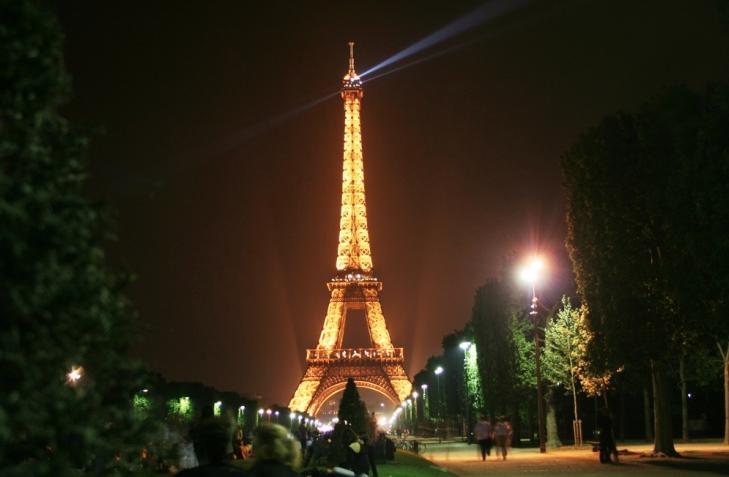 França com crianças: serviço de traslado e passeios