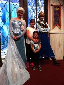Disney_Frozen_Elsa_Anna_CaliforniacomCrianças_LosAngeles