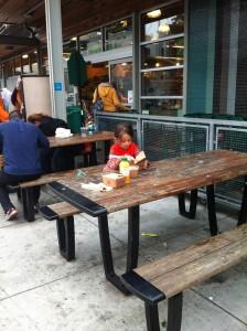 Almoço no Whole Foods da Haight St, berço do movimento hippie