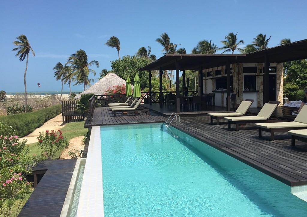 Pousada Chic Barra Grande piscina