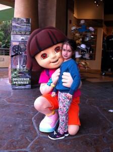 Olivia e Dora Aventureira