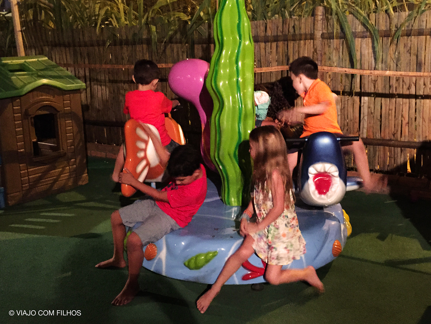 Coco Bambu Área infantil