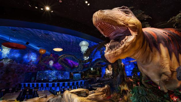 T-REX: o Restaurante que encanta crianças na Disney