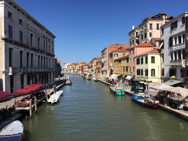 De Veneza a Roma de trem