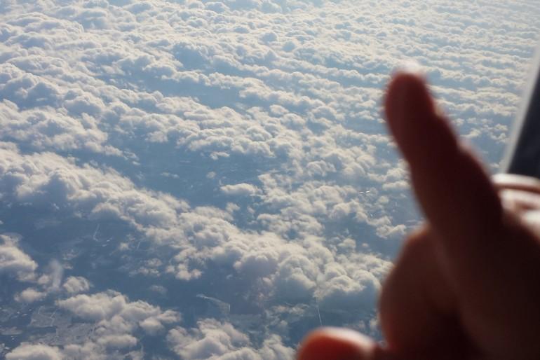 Avião sozinha com bebês: algumas dicas para uma ótima viagem
