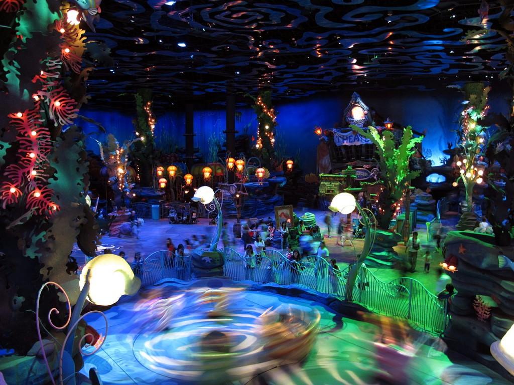 1280px-Tokyo_DisneySea_Mermaid_Lagoon_Interior_View_201306