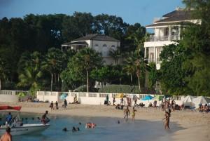 Payne Beach, na Platinum Coast