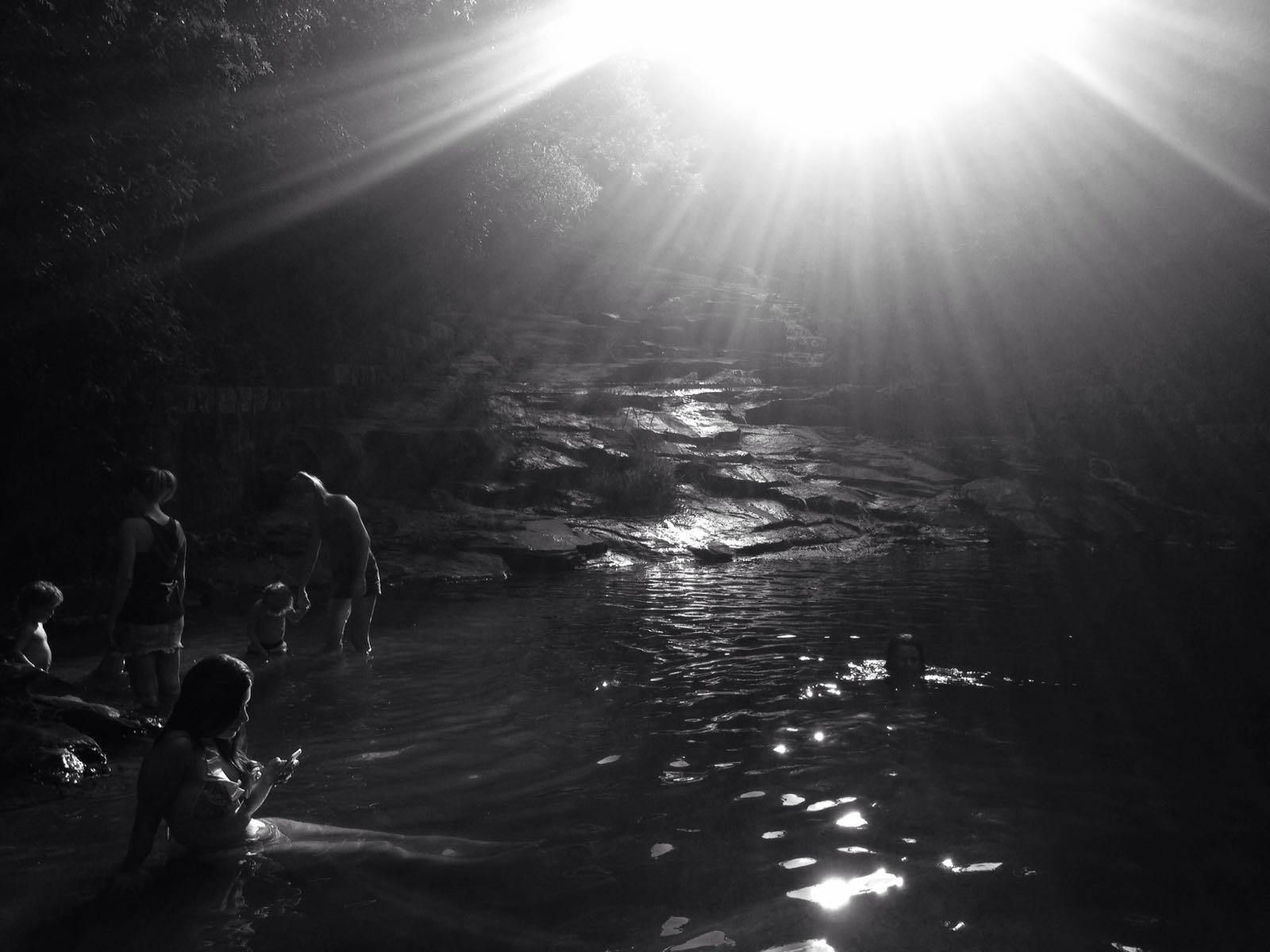 Cachoeira na Costa da Lagoa.