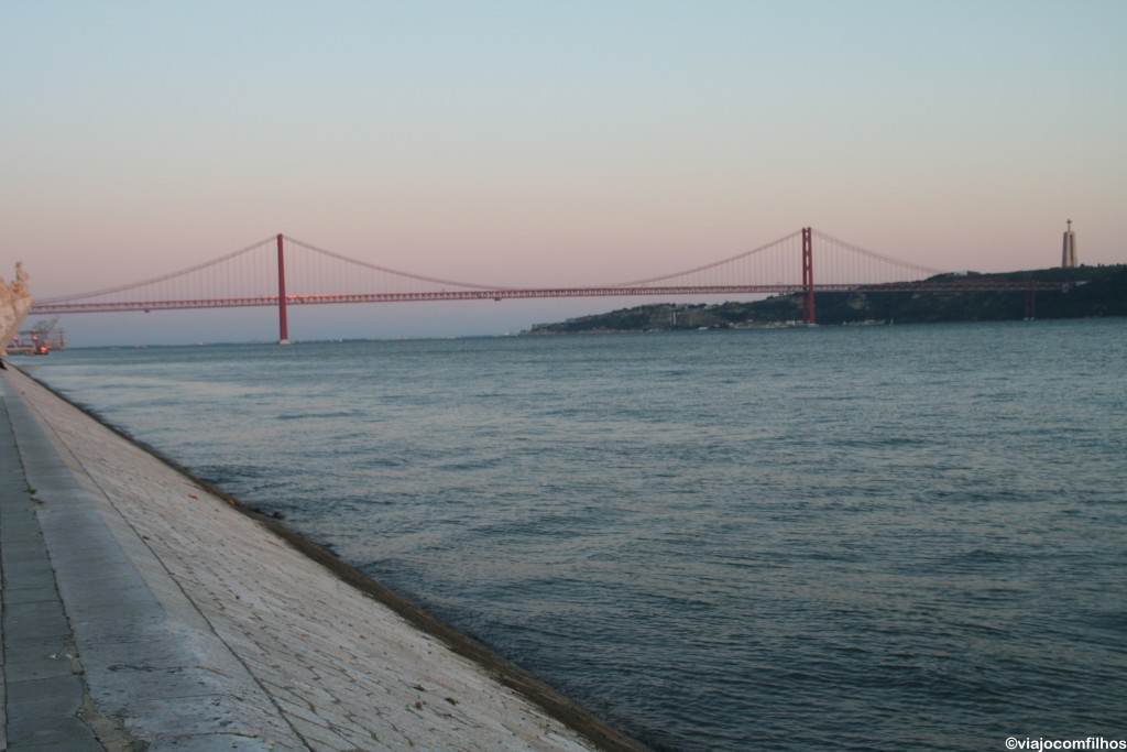 Vista da Ponte 25 de abril durante o passeio