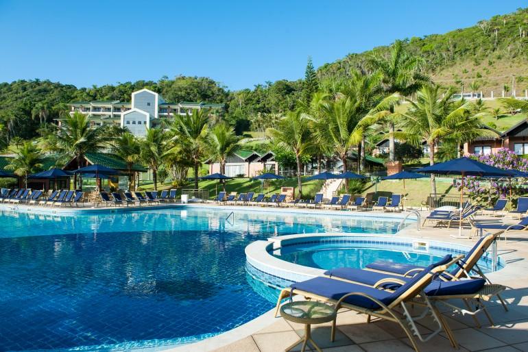 Infinity Blue Resort & Spa com crianças
