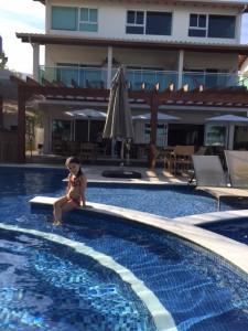 Piscina aquecida no Hotel Amora