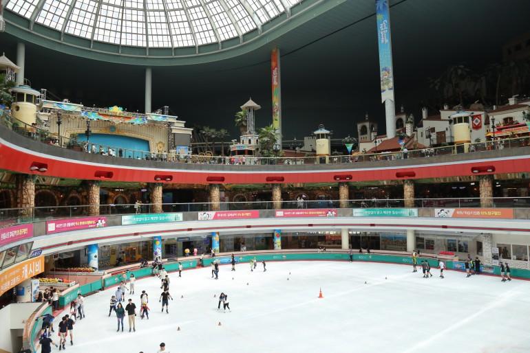 Seoul com crianças: Lotte World, um parque dentro de uma loja