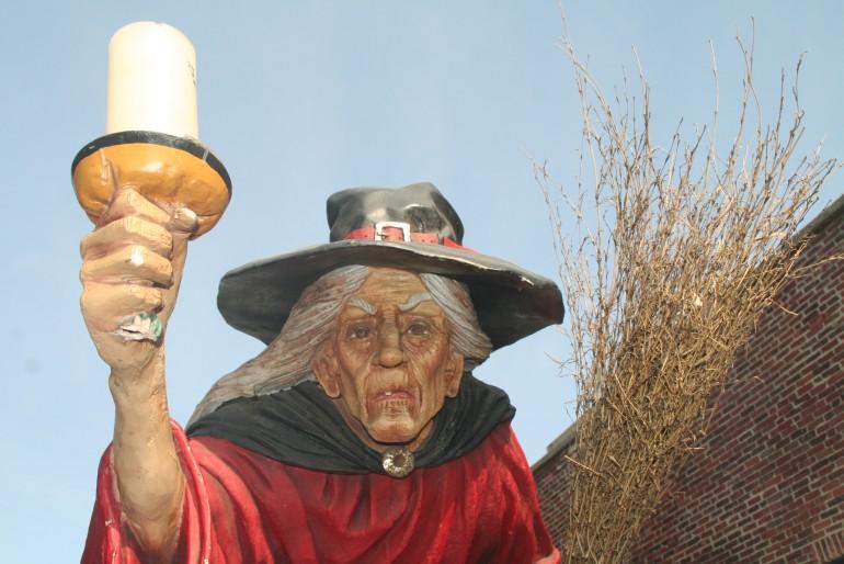Halloween com as Bruxas de Salem