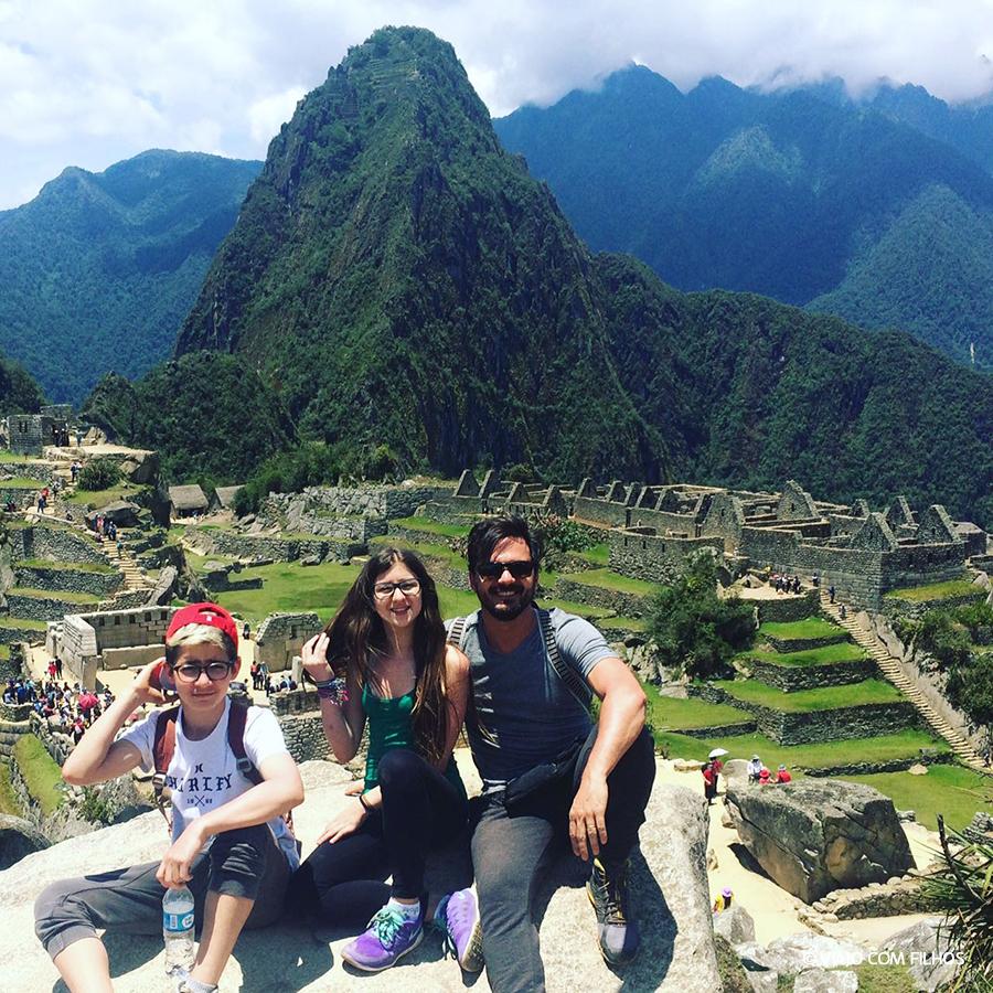 Machu Pichu com crianças