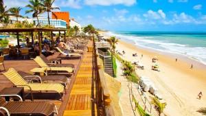 ocean-palace_deck-piscina_verao