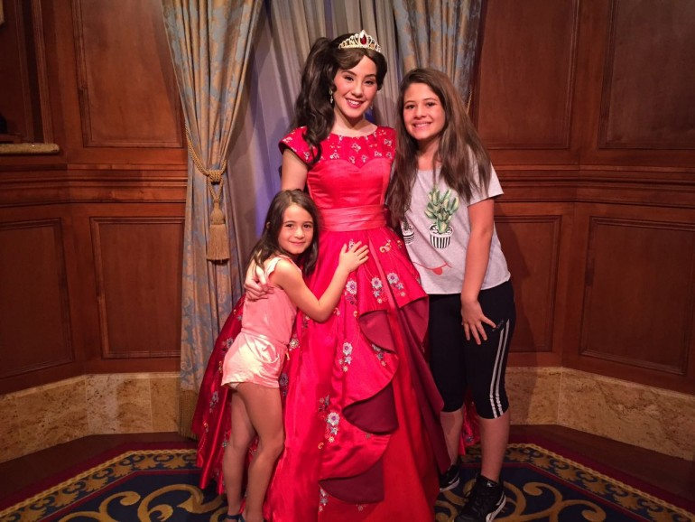 Princesa Elena de Avalor, no Magic Kingdom