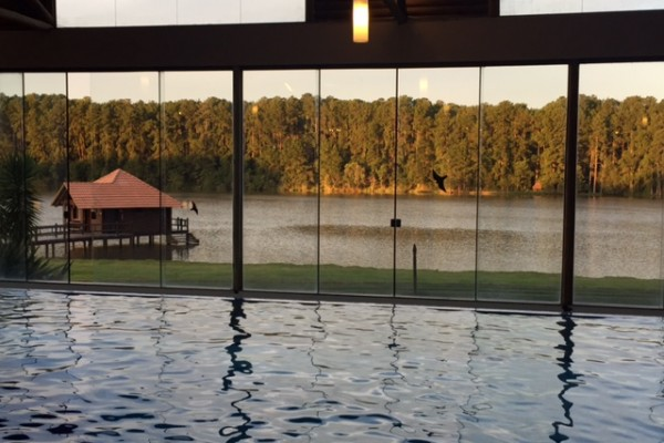 vista piscina coberta
