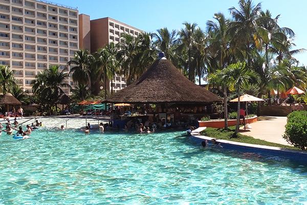 Parque Aquático Hot Beach