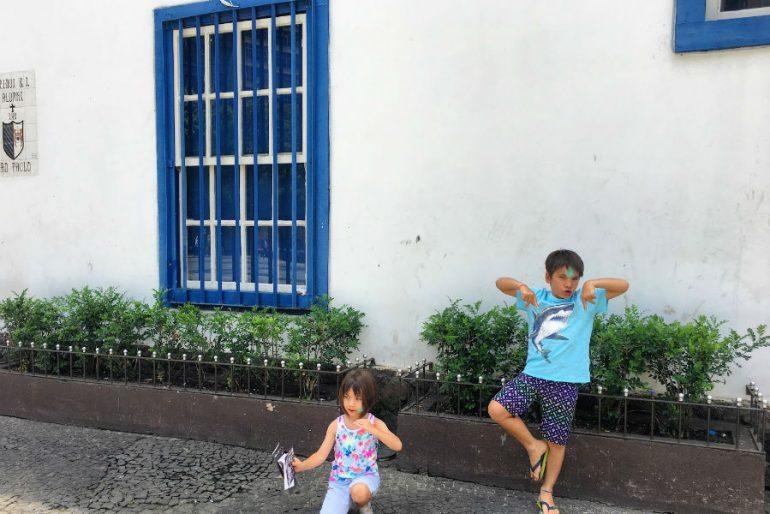 São Paulo com Crianças: História e diversão no Pátio do Colégio