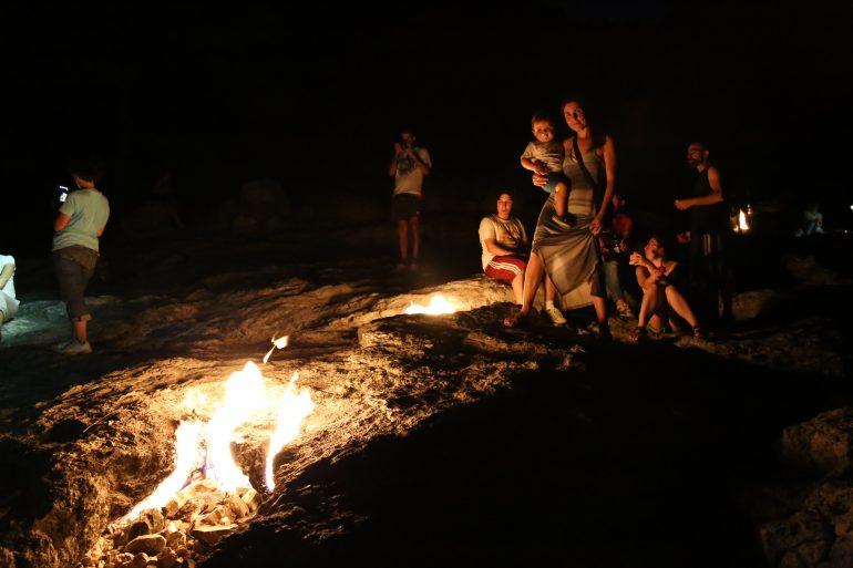 Turquia com crianças: o fogo eterno no Monte Chimaera