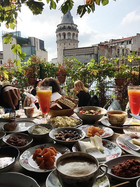Istambul e Atenas