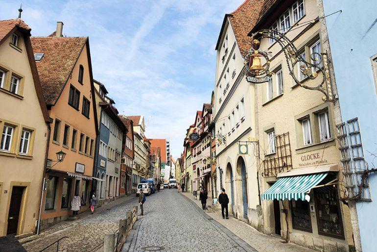 Rothenburg ob der Tauber com crianças