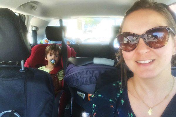 Viagem de carro com bebês e crianças