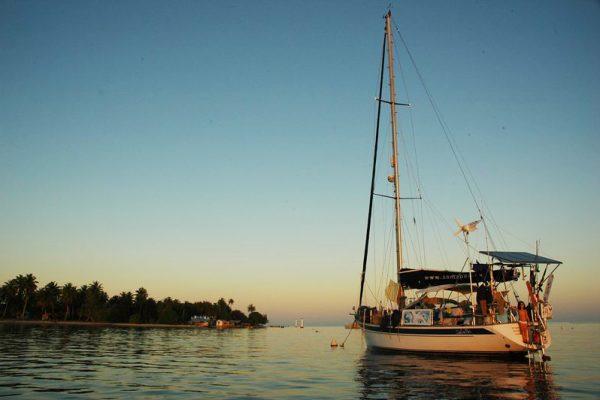 Viagem de veleiro em família